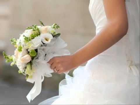 แต่งงานไทย ชุดไปงานแต่งแบบไทยๆ