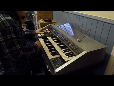 Adrian Rose Hammond B400 and Leslie 720 Demo
