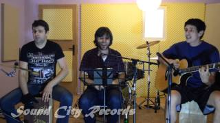 "Happy Acoustic Cover by ""AzDa"""
