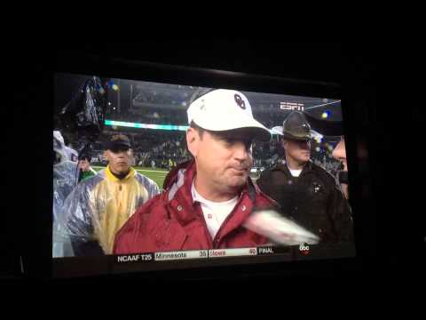 OU BEATS BAYLOR 44-34 - Bob Stoops Post-Game Interview