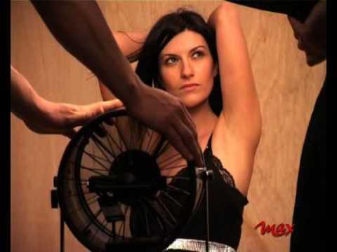 Calendario Max 2005.Laura Pausini Making Of Per La Rivista Max