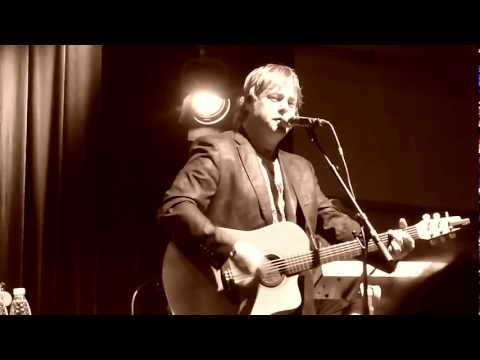 Bruce Guthro -Ivey's Wall- Celtic Crossing 2012