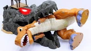 Power Rangers & Marvel Avengers Toys Pretend Play | Trapped T-rex Need Help