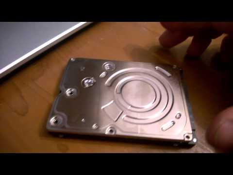 Как достать магнит из жесткого диска компьютера