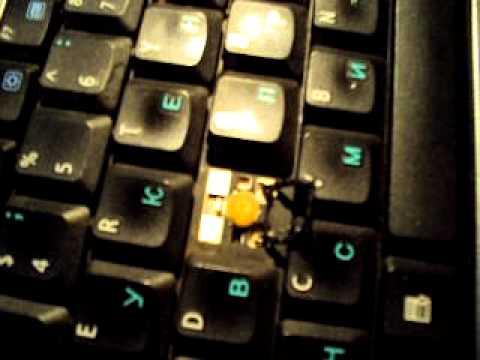 клавишу на место на Asus