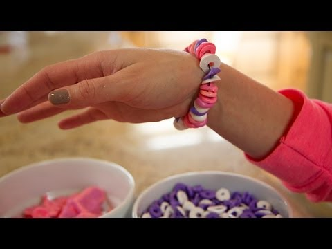 Valentine's Day Candy Necklace (How to)