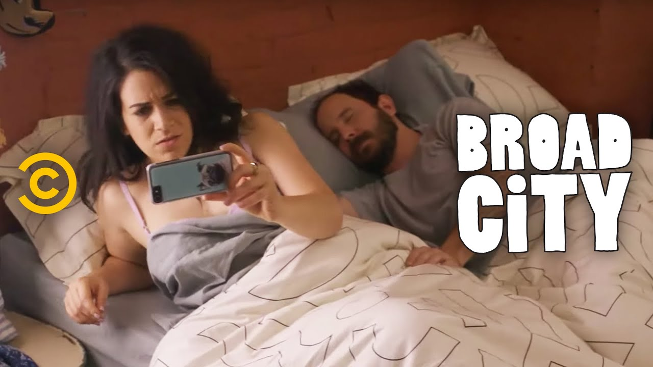 Who Is This Guy? - Extended - Hack Into Broad City