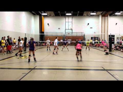 Emily Hayden at Oshkosh Volleyball Camp