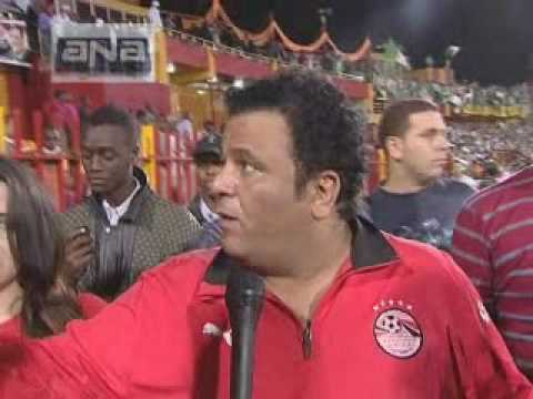 محمد فؤاد بعد مبارة مصر والجزائر في السودان مباشرة وهو يغادر الملعب %