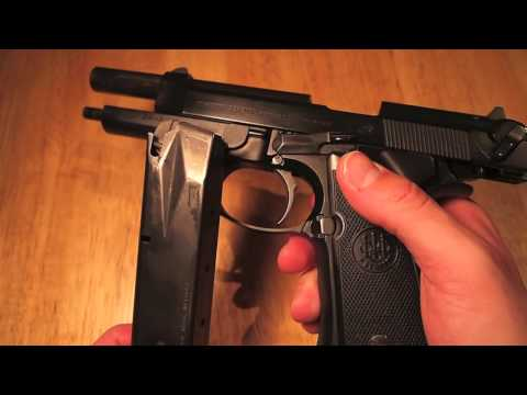 Beretta 92FS 9mm pistol Review and Recoil Shots