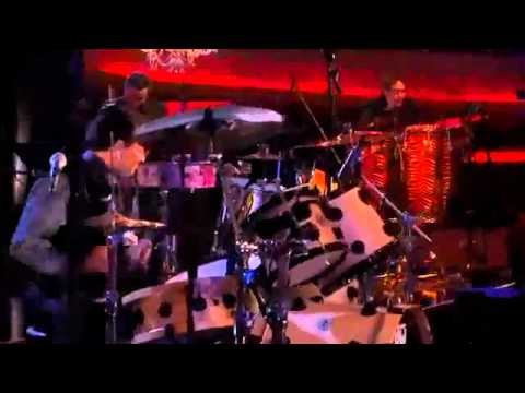 Los Tigres Del Norte   Calle 13 - America (Mtv Unplugged) (Video) - YouTube.flv