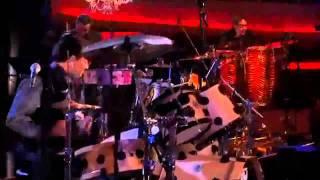 Los Tigres Del Norte   Calle 13 - America (Mtv Unplugged) (Video) - YouTube.flv