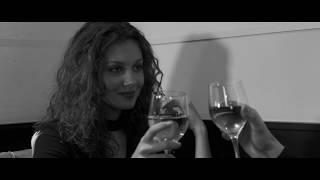 Смотреть клип Kutson - Molly