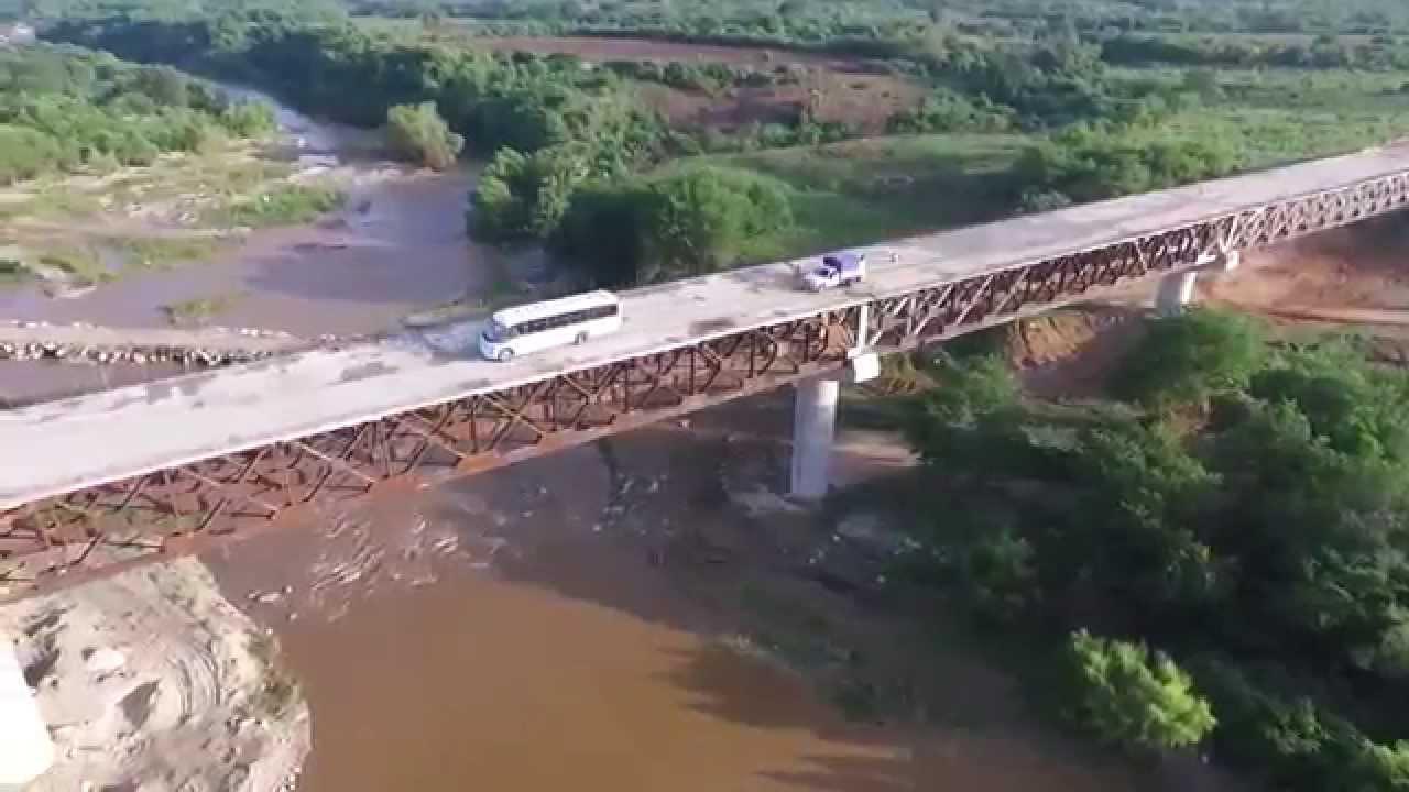 Autopista oaxaca puerto escondido en construcci n a vuelo de dron youtube - Viajes a puerto escondido ...