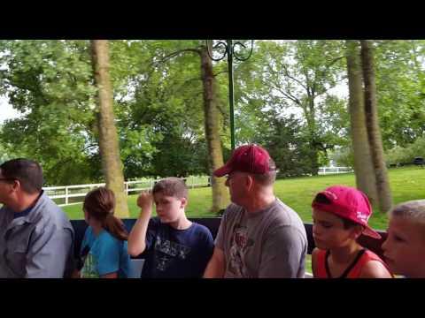 Mn zoo wells Fargo farm tractor ride