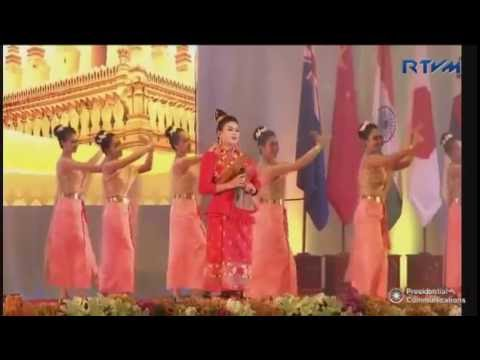 Thai Song - Pheng Somtum - ASEAN Gala dinner Vientiane Laos