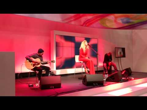 Rita Ora - How We Do (Party) | Acoustic At Sony VIP Party (MWC 2013)