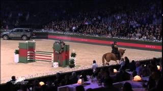 Guillaume Canet s'enflamme pour l'association AMADE - Gucci Paris Masters -06/12/14