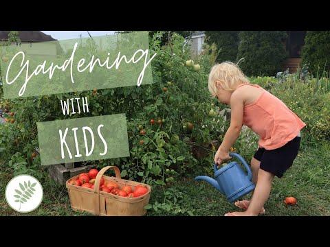 Tips on Gardening with KIDS – Organic Gardening Activities & Benefits of Gardening for Children