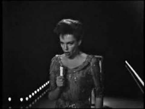 Judy Garland: Battle Hymn of the Republic
