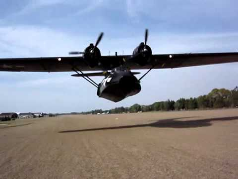 Extremely Low PBY Catalina FlyBy