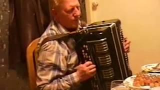 Застольная игра на баяне Александра Корчевого и Снурницина Сергея