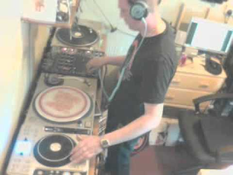 DJ DNA LIVE! (BANK HOLIDAY SPECIAL)