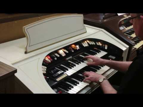 Leith Ewert Plays Conn Organ
