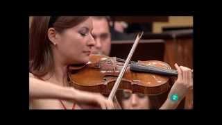 Arabella Steinbacher - Brahms Violin Concerto (2010, Live)