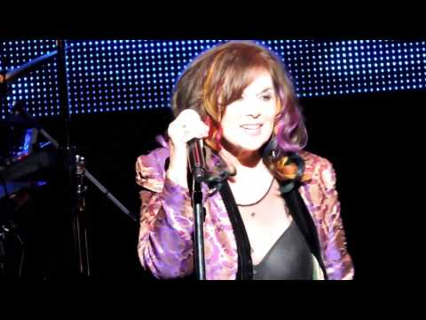 Ann Wilson of Heart Won't Get Fooled Again / Crazy On You Live 2017