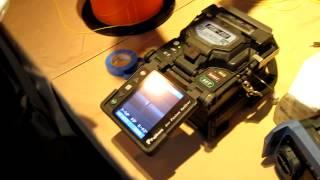 видео Способы соединения оптических волокон