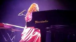 "Tori Amos ""Running to Stand Still"" (U2) live @ Helsinki Ice Hall 28.9.2011"