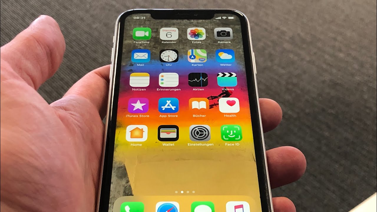 o2 Community - iPhone XR unboxed