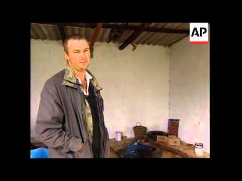 ZIMBABWE: WHITE FARMER KILLED BY SQUATTERS (2)
