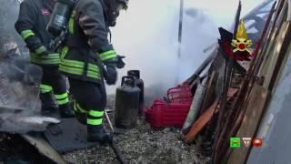 Vigili del Fuoco - Ancona - Intervento per incendio di un gazebo - www.HTO.tv