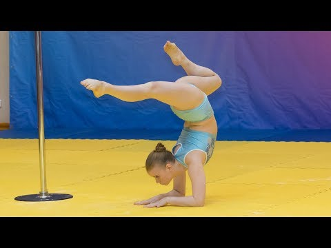 15 years old Russian teen perfomance pole sport Киселева Алена from YouTube · Duration:  3 minutes 46 seconds