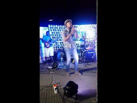 Attih Ekpenyong sings John Legend's Ordinary People at Silverbird Galleria