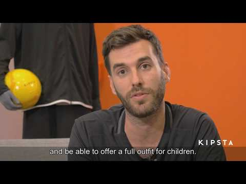 Interview Designer Product on the design of the children's football shoes CLR 500.