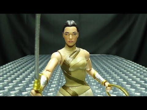 DC Multivers Wonder Woman DIANA OF THEMYSCIRA: EmGo
