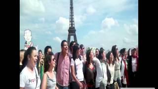 Apoyo mundial AMLO en París, Francia