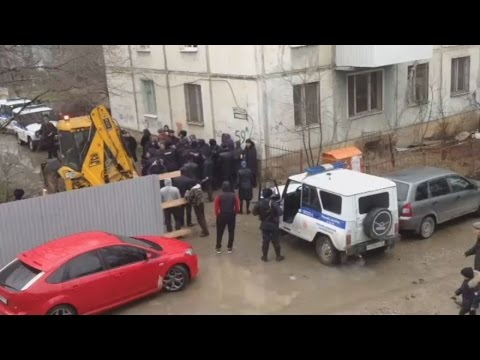 Makhachkala: construction under police guard