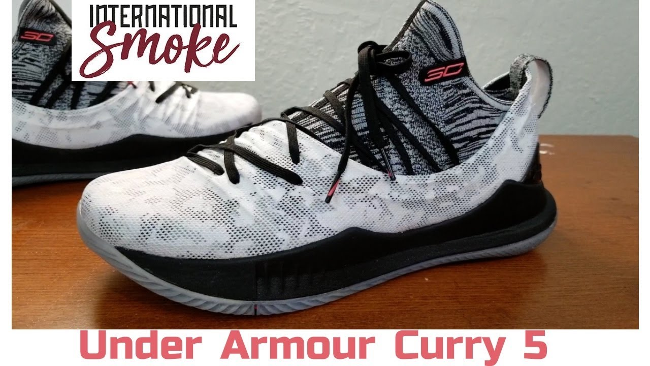 c38bdcb1eec6 Under Armour Curry 5