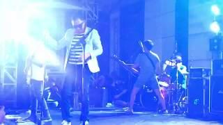 Club Eighties - Cinta dan Luka [feat. Vincent Rompies & Deddy Desta] (Live at Kuningan City 27/8/19)
