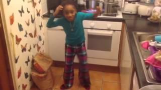 Sheryl Isako danse sur Serge Beynaud - loko loko