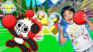 RYAN PLAYS DODGEBALL IN ROBLOX Let's Play Roblox Dodgeball with Combo Panda