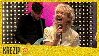 Krezip - 'Never Gonna Give You Up' (live bij Mattie & Marieke) // Qmusic