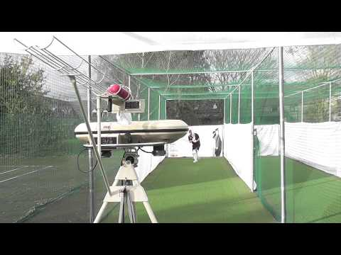 2014 BOLA Cricket Bowling Machine Setup And Operation