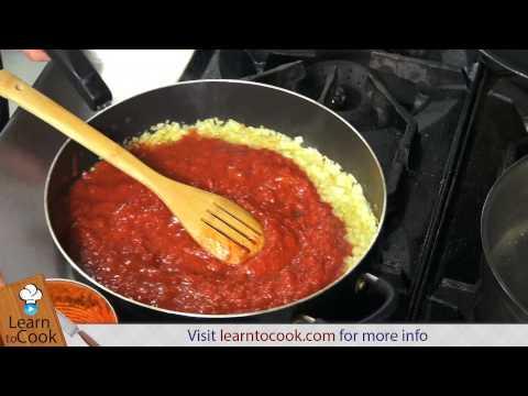 How to Make the Perfect Marinara Sauce