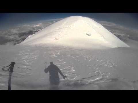 Восхождение и спуск на сноуборде с вершины Эльбруса 5642м. Май 2014.