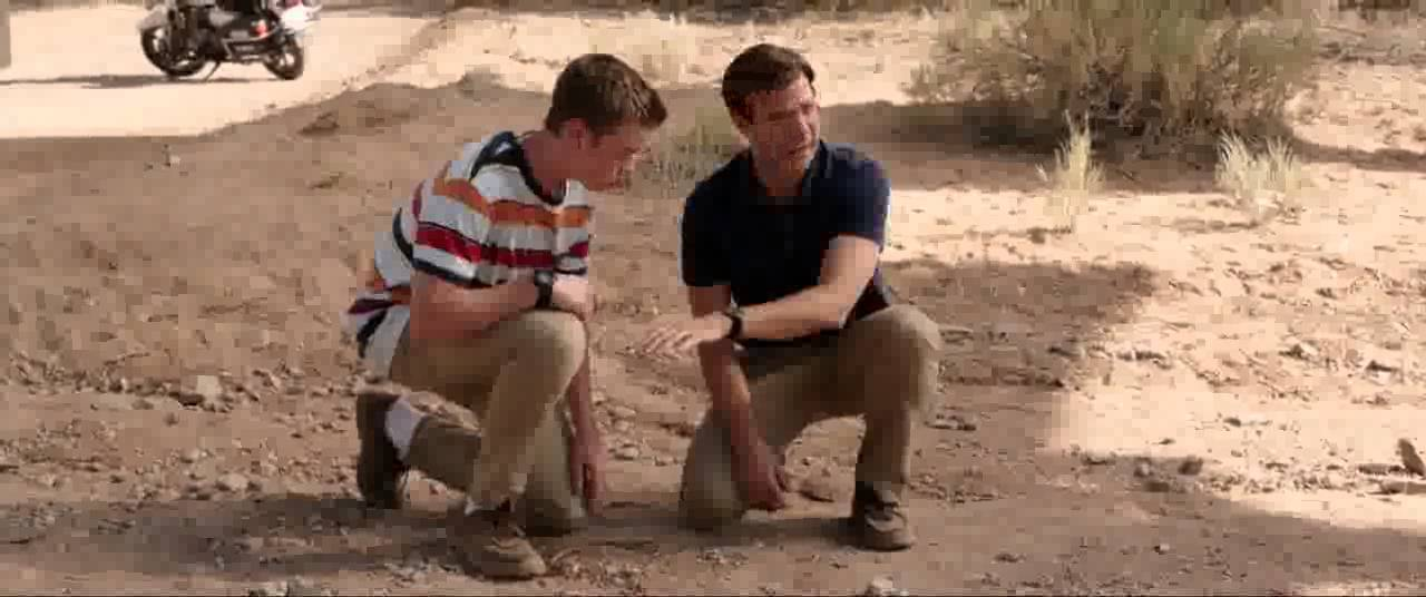 We Re The Millers 2013 Gay Policeman Scene Youtube